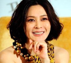 Актриса Гуань Чжилинь